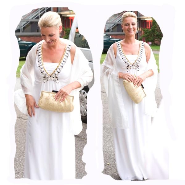 Brautkleid Temperley London, Tasche Oasis, weiße Pumps Guess